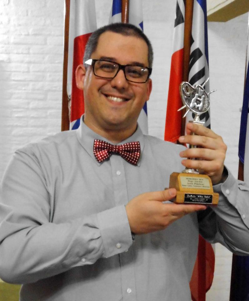 Last Kiss artist Diego Jourdan Pereira with his Silver Morosoli Award.